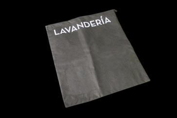 BOLSA DE LAVANDERÍA  TNT (tejido no tejido)