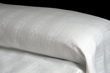 Colcha BARROCO  50%algodón - 50%poliéster