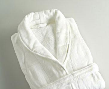 Albornoz blanco VELOUR 100% algodón 420 gr./m2